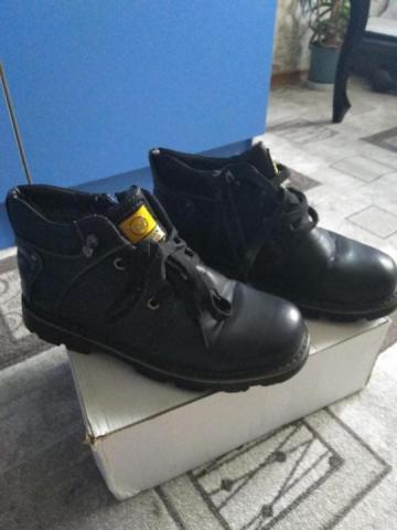 Продам зимние ботинки - 1