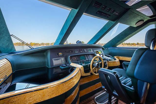 яхта моторная - 4