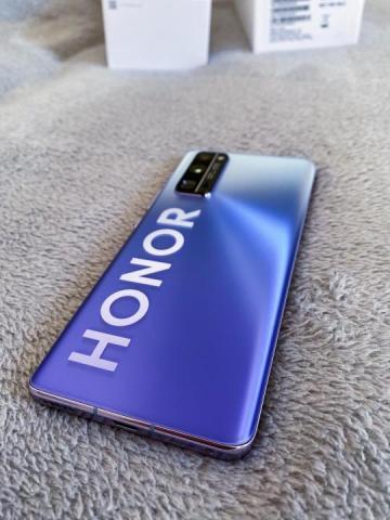 Продаю телефон  новый HONOR 30 PRO - 1