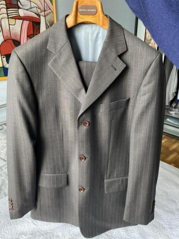 Продам костюм - 1