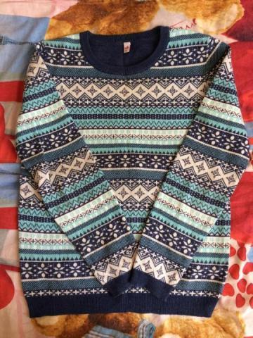Продам свитер - 1
