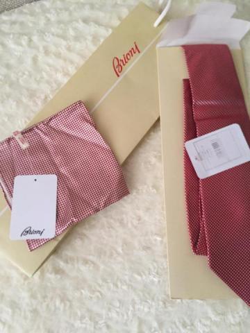 Продам фирменный новый галстук и платок Brioni - 1