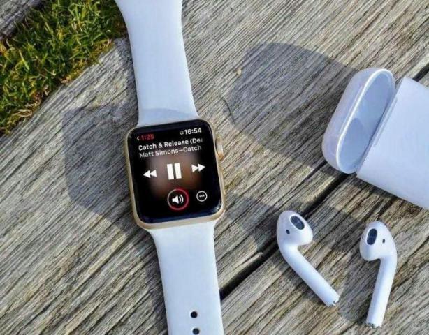 Продам умные часы/смарт часы А1 + беспроводные наушник. - 1