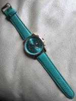 Продам  часы бирюзового цвета