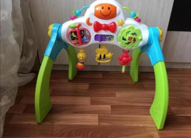 Продам Детский турничок BabyGo - 2