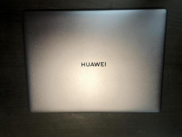 Продается крутой ультрабук huawei - 2