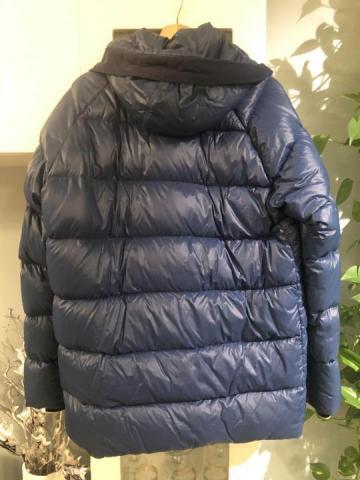 Продам куртку оригинал - 2