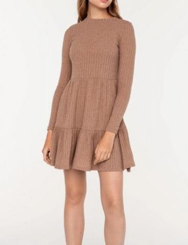 Продам новое и красивое платье - 1